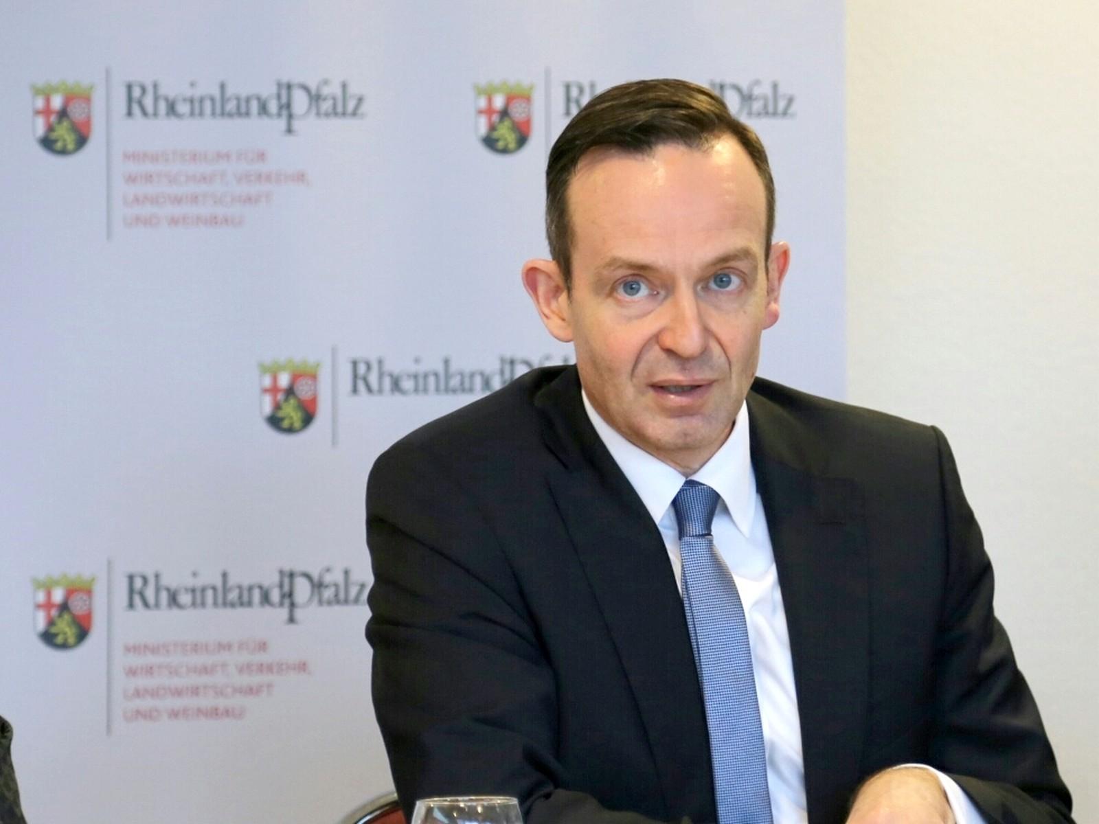 Der rheinland-pfälzische Verkehrsminister Volker Wissing möchte die Anreize in den Kommunen erhöhen, die notwendigen Bauprojekte anzugehen