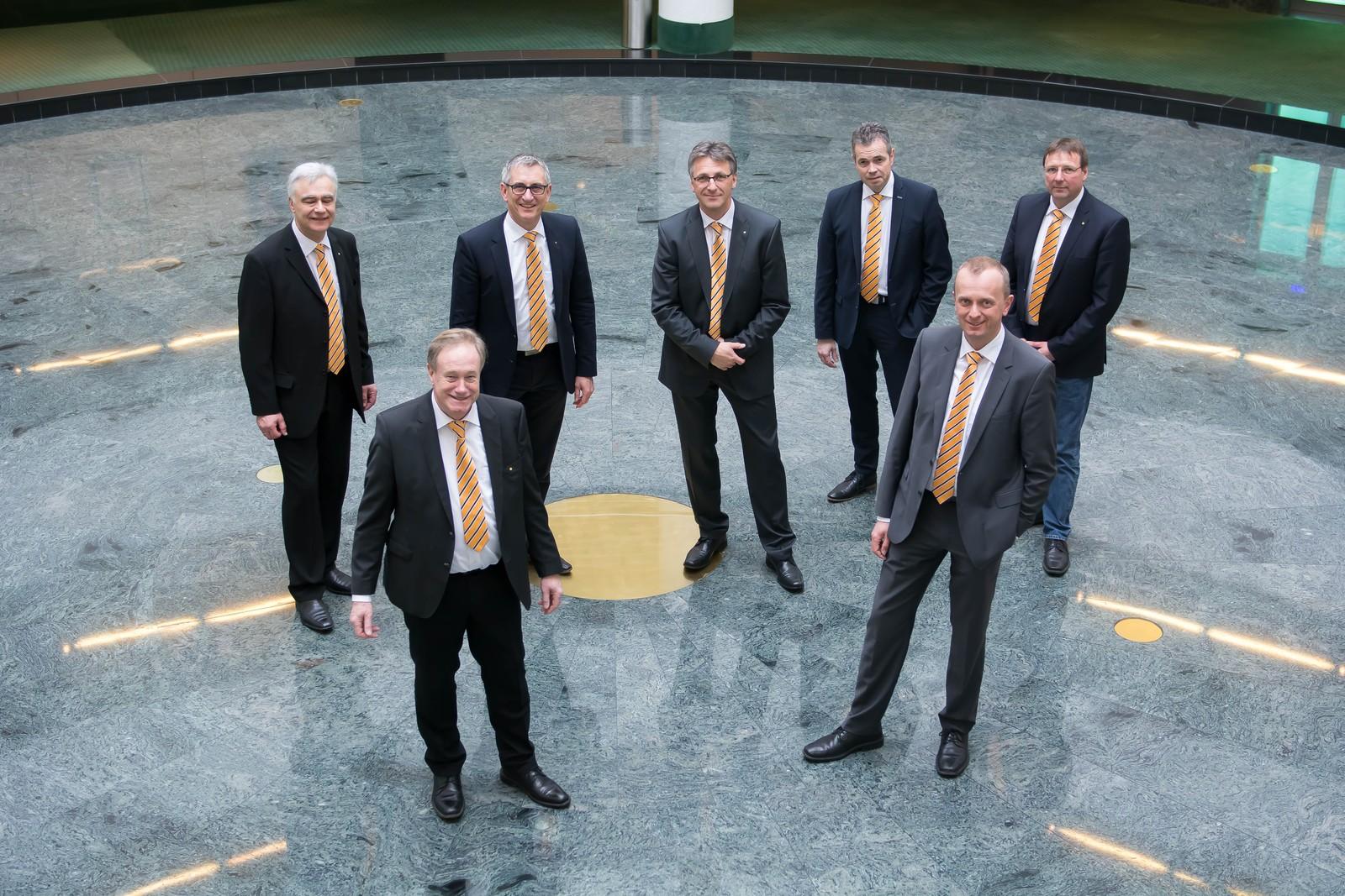 Der VDBUM-Vorstand (v.l.): Josef Andritzky, Michael Hennrich, Peter Guttenberger (Präsident), Dieter Schnittjer, Jan Scholten, Dirk Bennje (Vizepräsident), Roland Caillé.