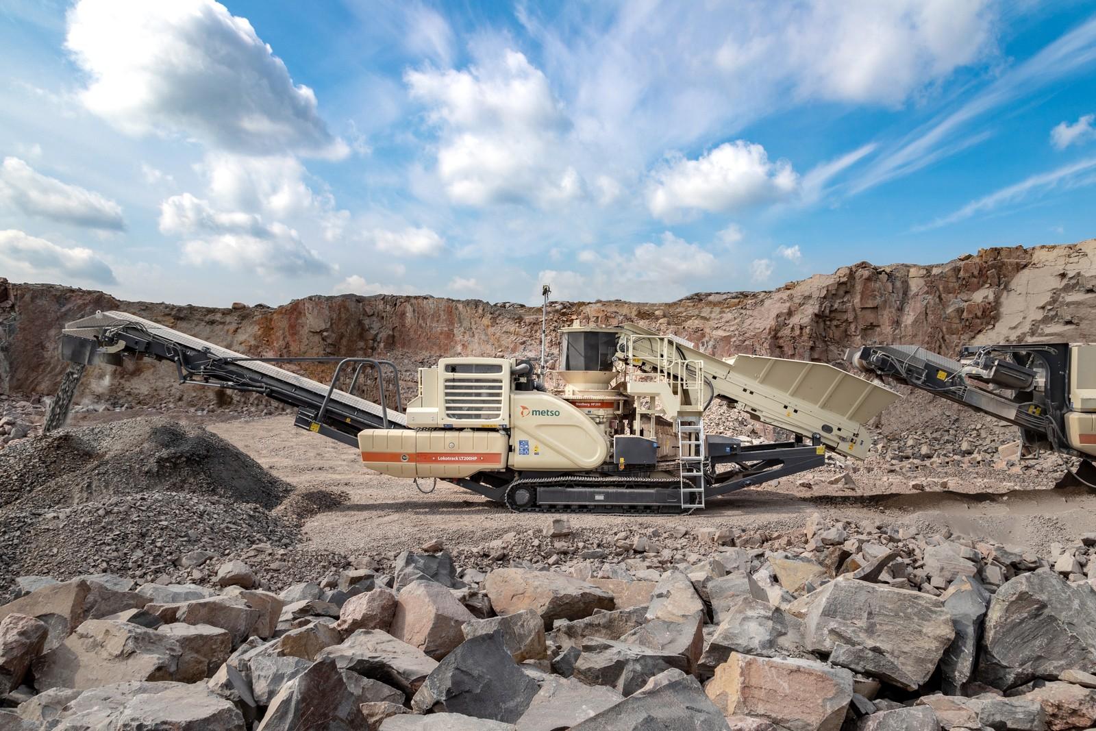 Auf der bauma 2019 wird Metso den erneuerten Lokotrack LT200HP vorstellen. Dank des direkten Keilriemenantriebes über ein Getriebe erzielt diese Lösung laut Metso Kraftstoffeinsparungen von mindestens 15 %.