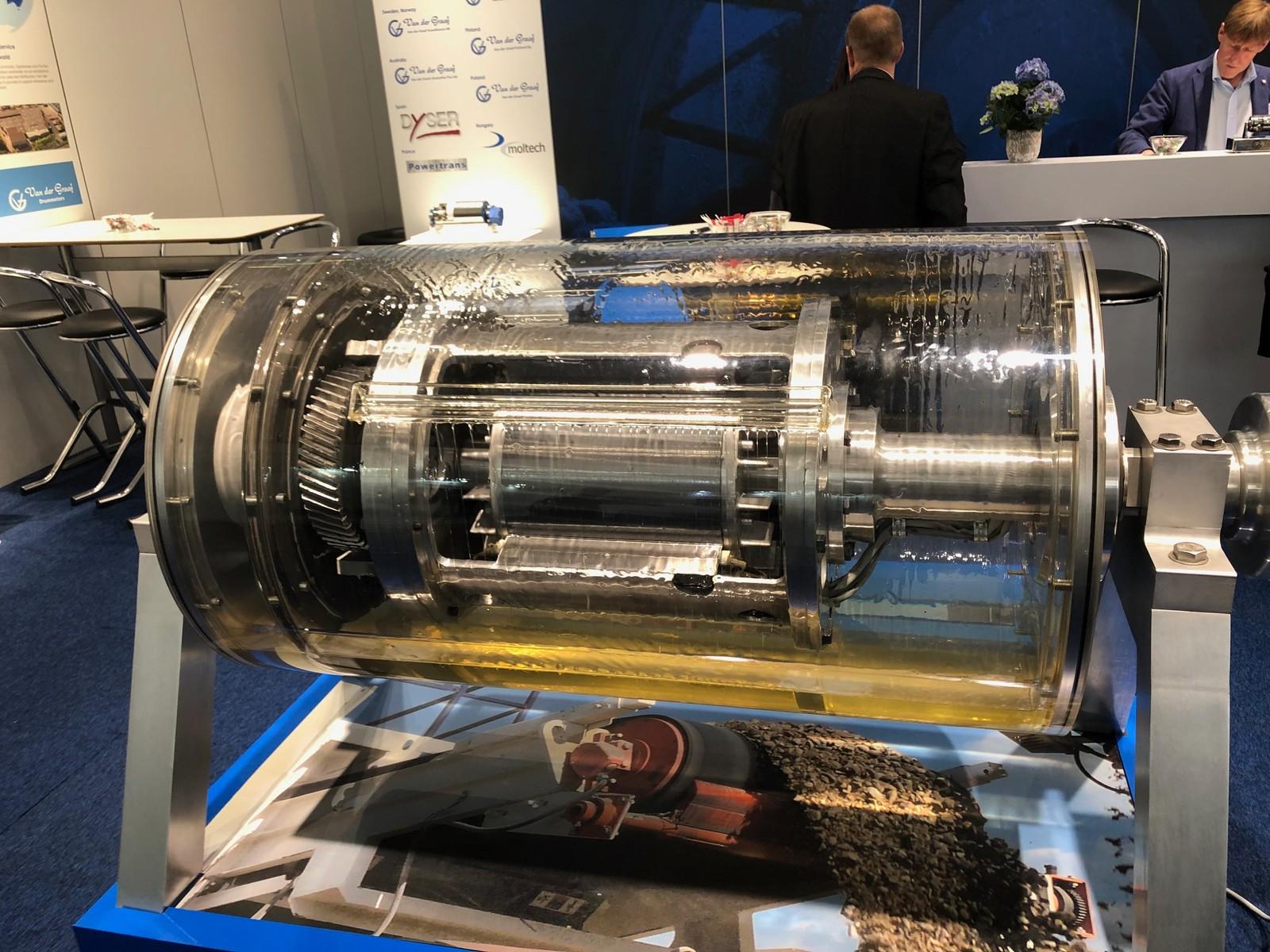 Modell eines Trommelmotors von der Firma Van der Graaf.
