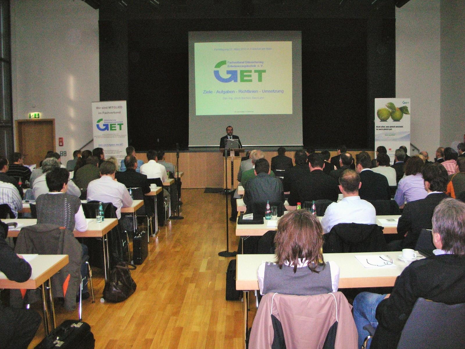 Aktuelle Themen rund um Abscheideranlagen für Leichtflüssigkeiten stehen auf dem Programm der Fachtagung der GET.